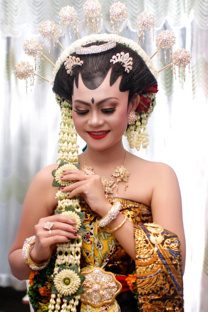 Wedding consep by Fatkur Photography - 013
