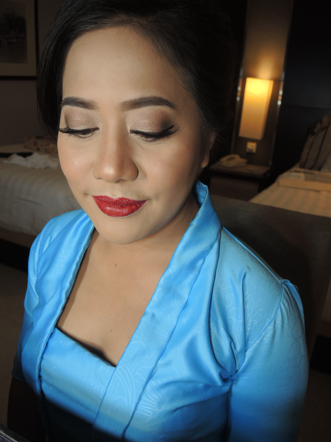 Bridesmaid Makeup 1 by Troy Makeup Artist - 017