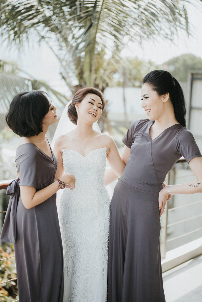 Hendri & Sella Wedding by It's True Wedding Planner and Decoration - 007
