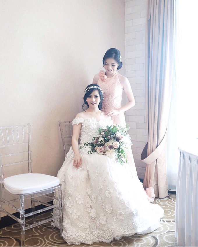 Vintage Wedding : Yura & Vanessa Espousal by Elsie Chrysila Brides - 007