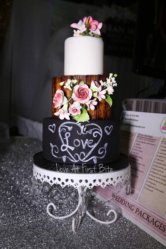 Wedding cakes by Love At First Bite - 001