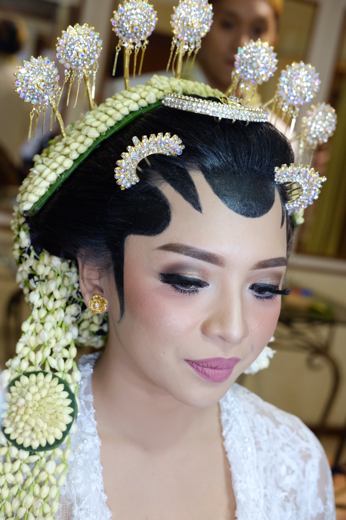 Pascalis Wedding by Nadia Sabrina MUA - 004
