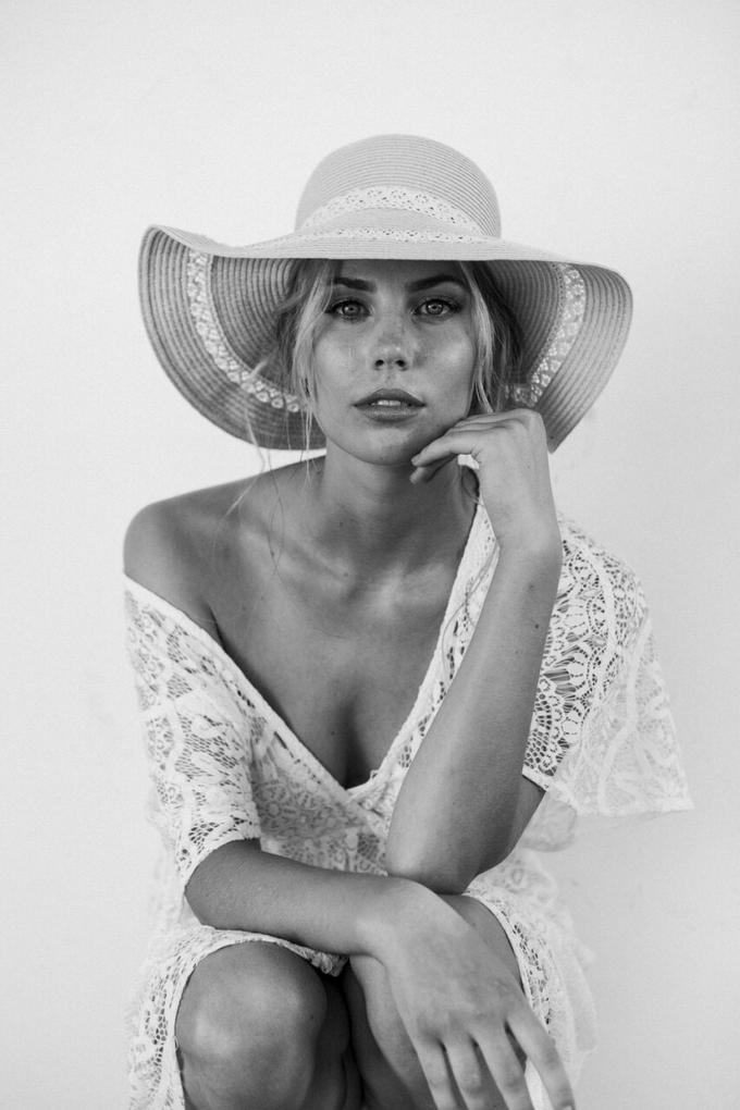Melinda by Peter Simon Photography - 005
