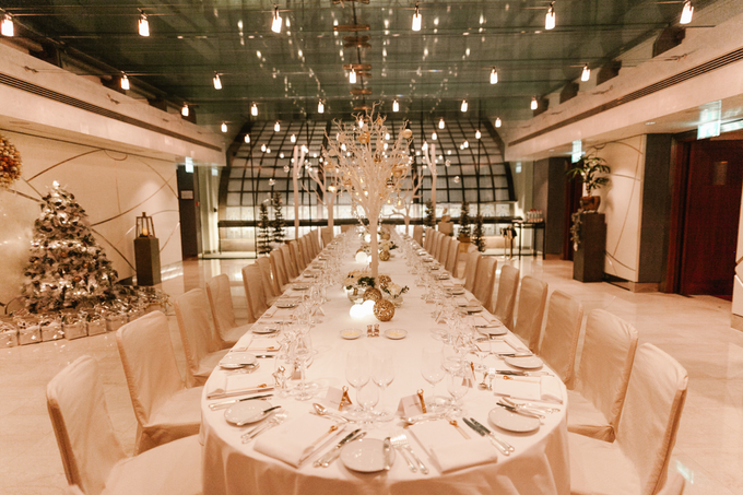Winter wedding decoration by Peter Simon Photography - 001