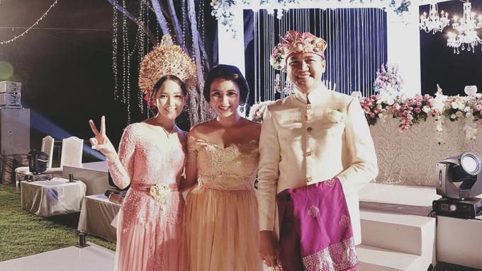 Balinese Wedding Reception of Ina & Dwipa by Tirza Zoraya - 007
