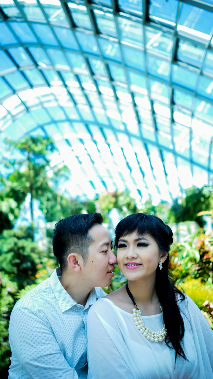 Yuan + Sisca by Blooming Box Photography - 009