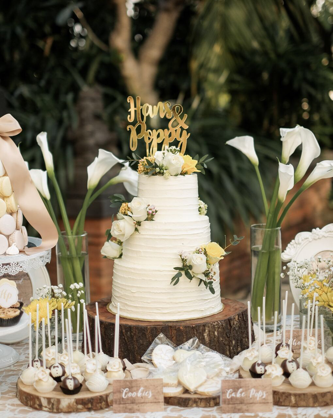 Rustic-Chic Wedding Cake by K.pastries - 002