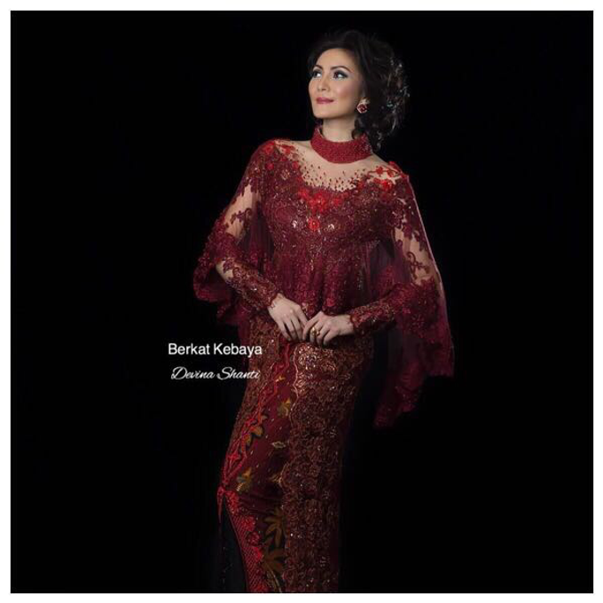 Wedding Gowns by Berkat Kebaya By Devina Shanti - 034