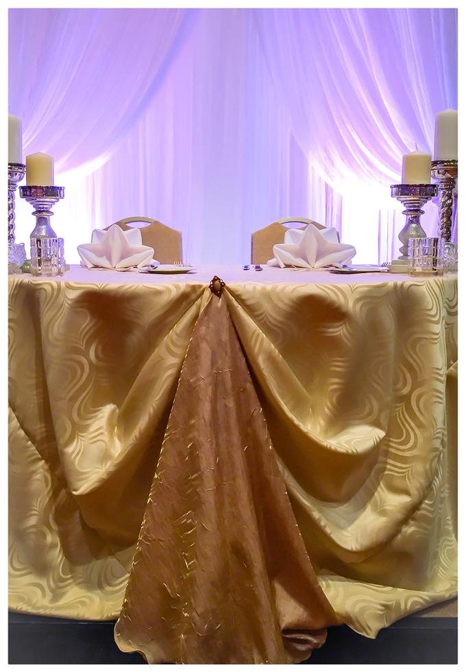 Cream and Gold Halekulani Wedding by Bella Amour Events Hawaii - 001