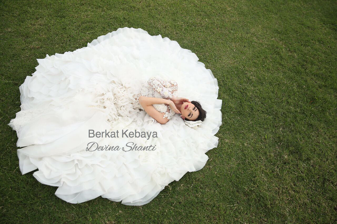 Wedding Gowns by Berkat Kebaya By Devina Shanti - 019