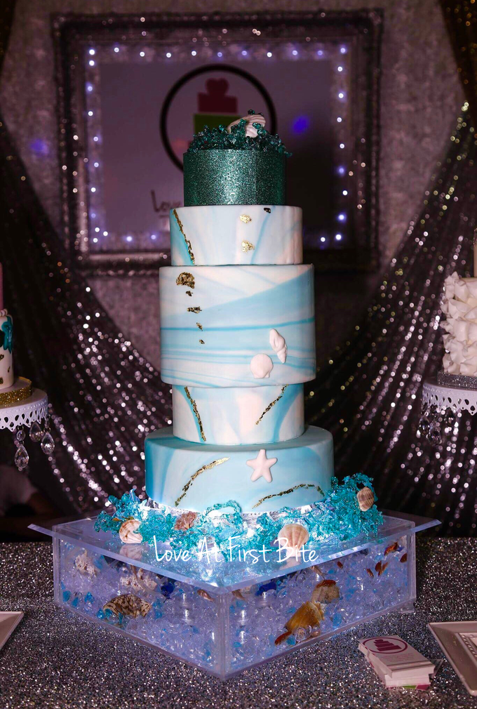Wedding cakes by Love At First Bite - 003