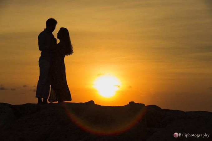 Romantic sunset in bali by Yn.baliphotography - 002