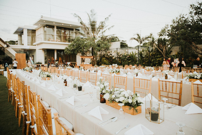 Hendri & Sella Wedding by It's True Wedding Planner and Decoration - 020