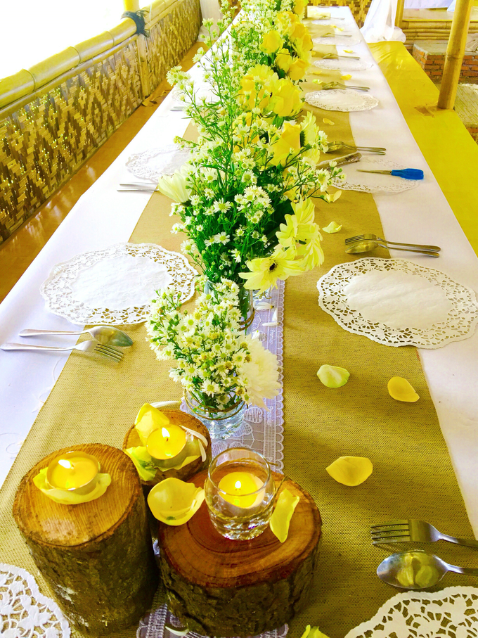 Setting Table Arrangement Rustic Modern by H2 Design.co - 014