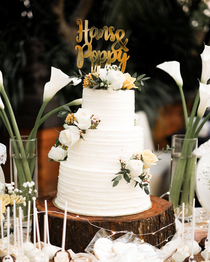 Rustic-Chic Wedding Cake by K.pastries - 005