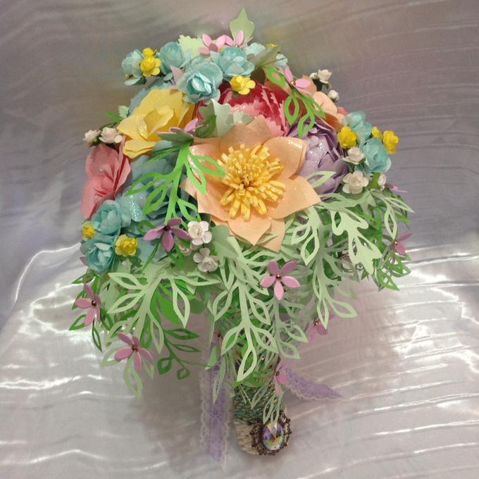 Pastel Handcrafted Entourage Bouquets by Duane's Fleur Creatif - 002