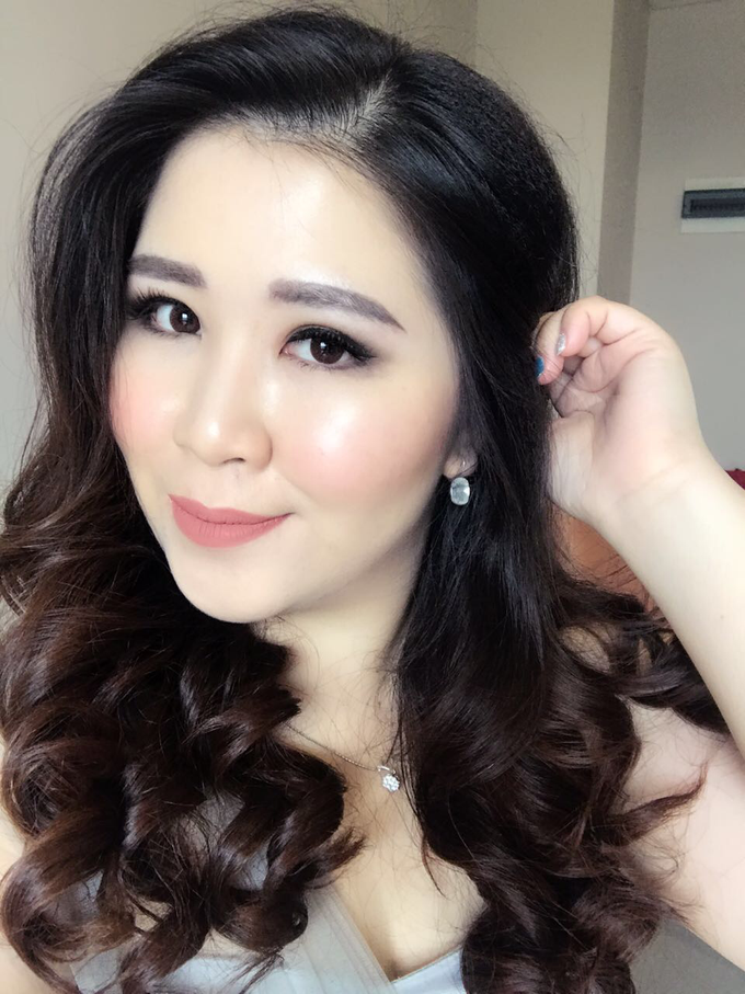 Hair & makeup by vinamakeupartist - 002
