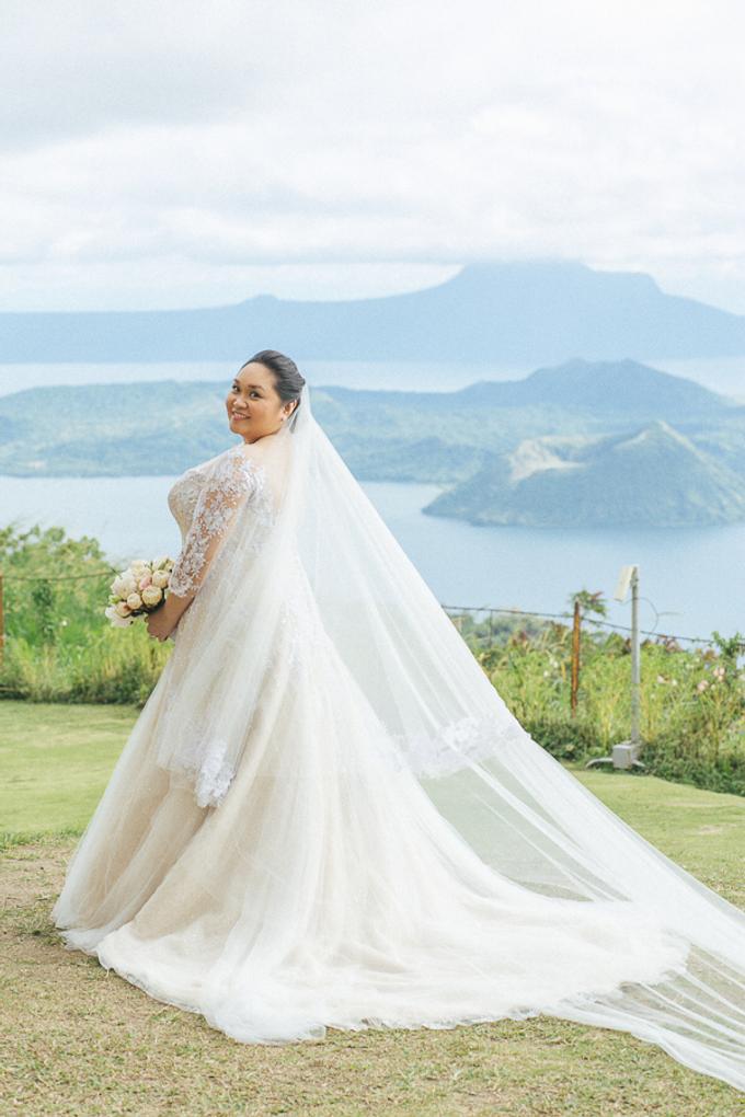 Premium wedding dress (april - mei) by TS BRIDAL BALI - 006