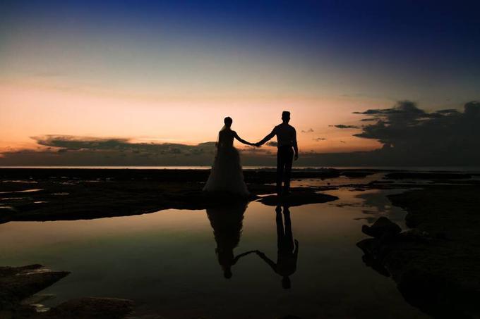 Romantic sunset in bali by Yn.baliphotography - 013