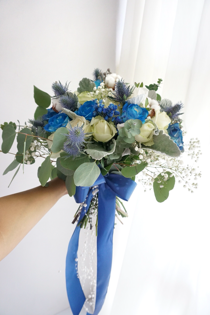 The royal rustic blue by Royal Petals - 003
