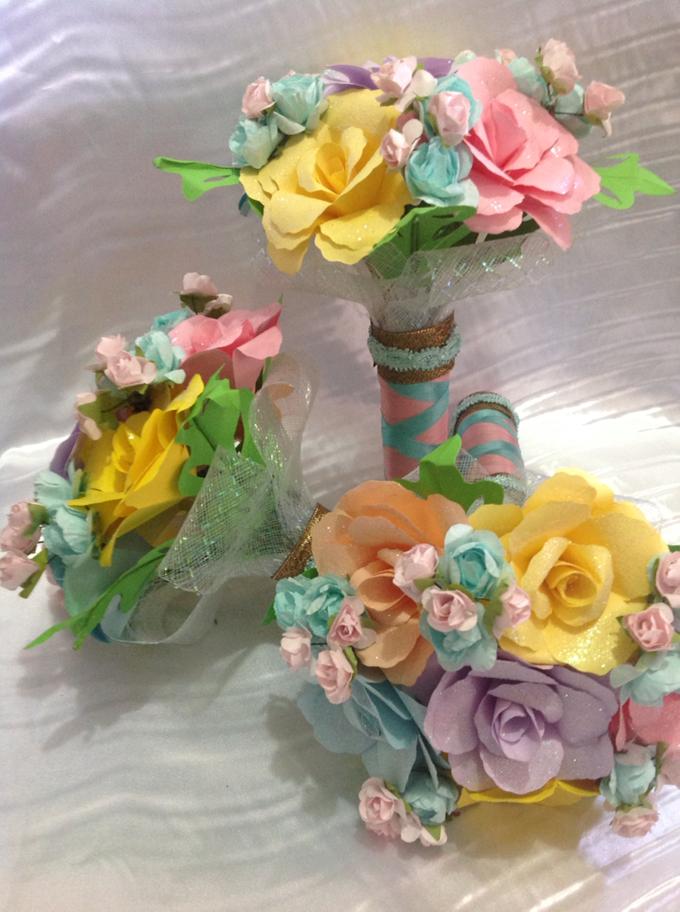 Pastel Handcrafted Entourage Bouquets by Duane's Fleur Creatif - 013