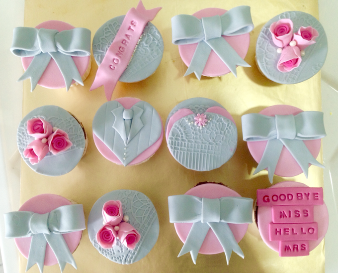 Wedding Cupcakes by The Quirky Taste - 002