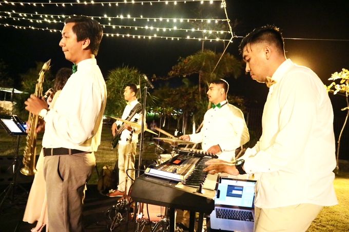 Deo & Carera Wedding Reception by Middle-Hi Band - 008