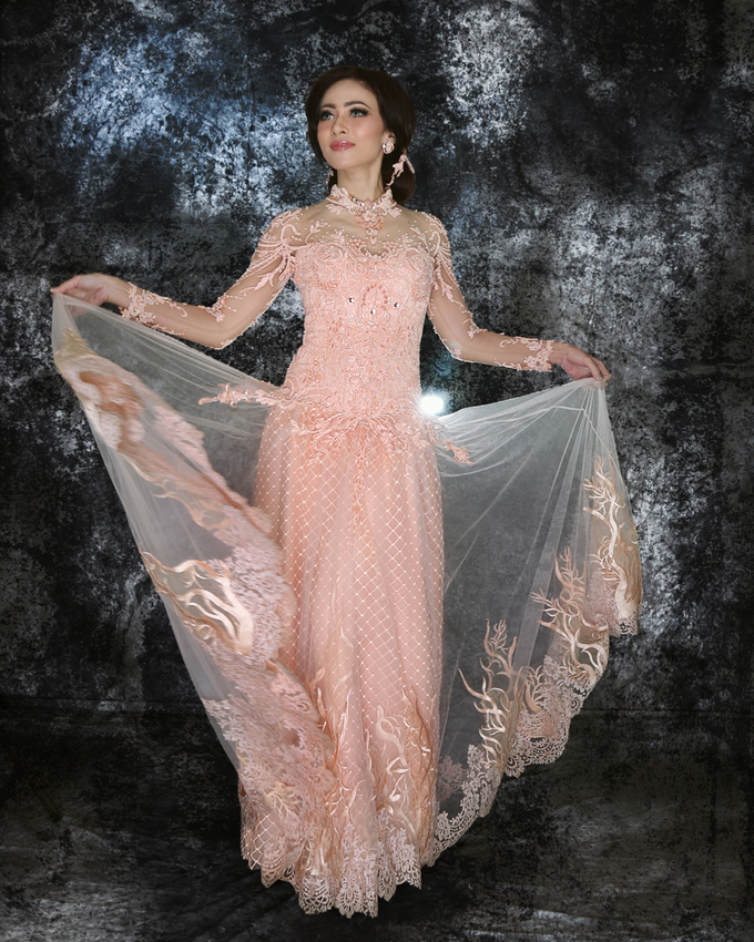 Wedding Gowns by Berkat Kebaya By Devina Shanti - 041