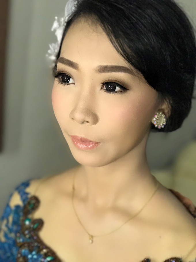 Graduation by AyuAbriyantimakeupartist - 015