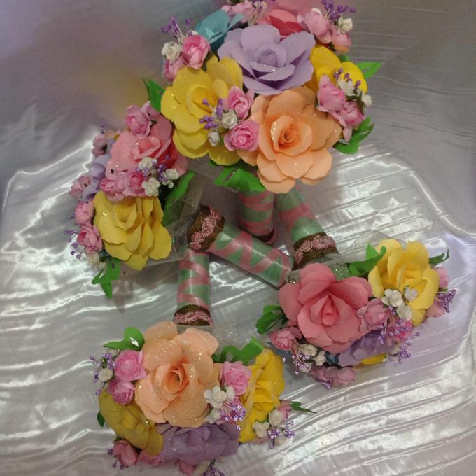 Pastel Handcrafted Entourage Bouquets by Duane's Fleur Creatif - 009