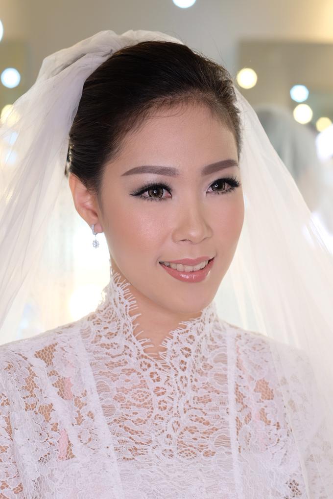 Ria wedding makeup by Amanda Makeup Artist - 003