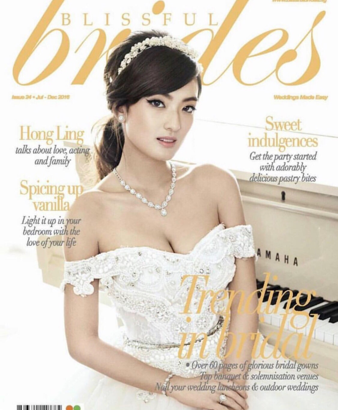 Bridal Magazines by MAKEUP ENTOURAGE - 002