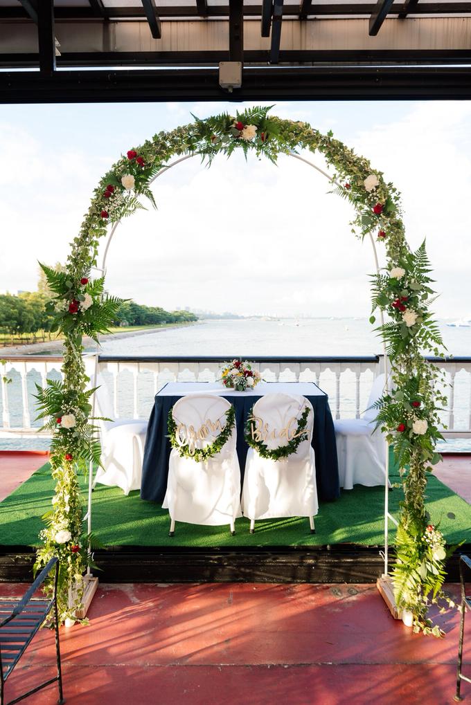 Boat Wedding Florals - Louis & Qiuwen by Liz Florals - 006