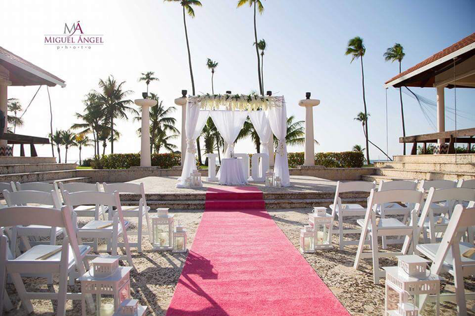 Luxury Destination Wedding by Eleganzza Events - 002
