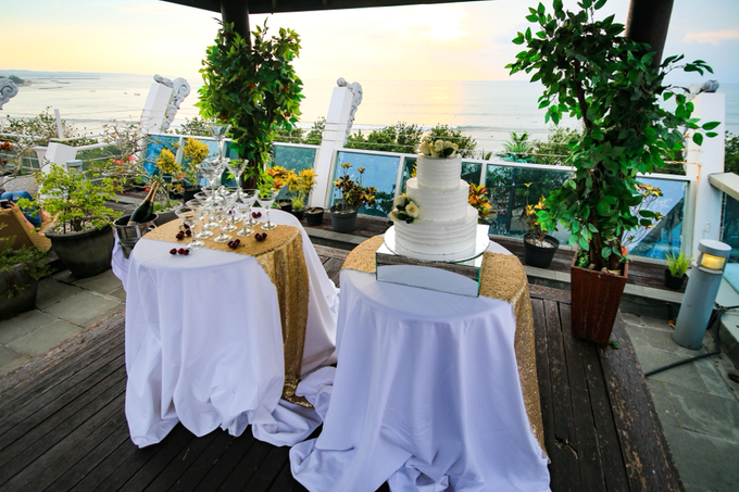 Wedding on a Rooftop at Kuta by KutaBex Beach Front Hotel Bali - 013