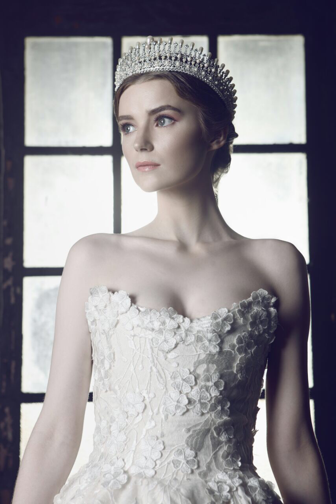 2017 bridal campaign by Tracy Bridal House - 006