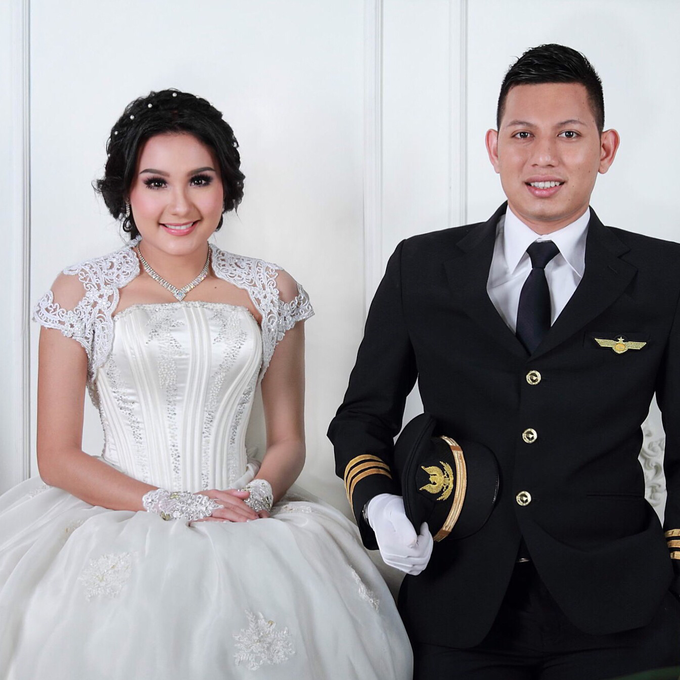 Prewedding indoor by Magdalena Young Bridal - 006