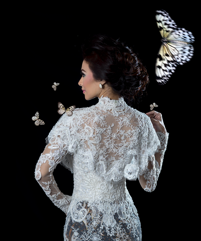 Wedding Gowns by Berkat Kebaya By Devina Shanti - 036