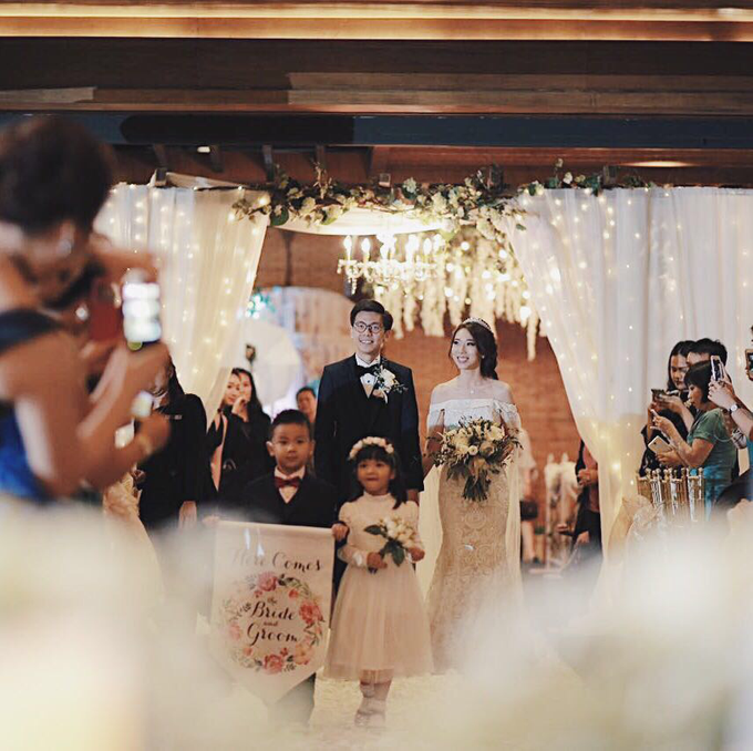 Rustic Wedding : Budi & Agustine Wedding Reception by Elsie Chrysila Brides - 008