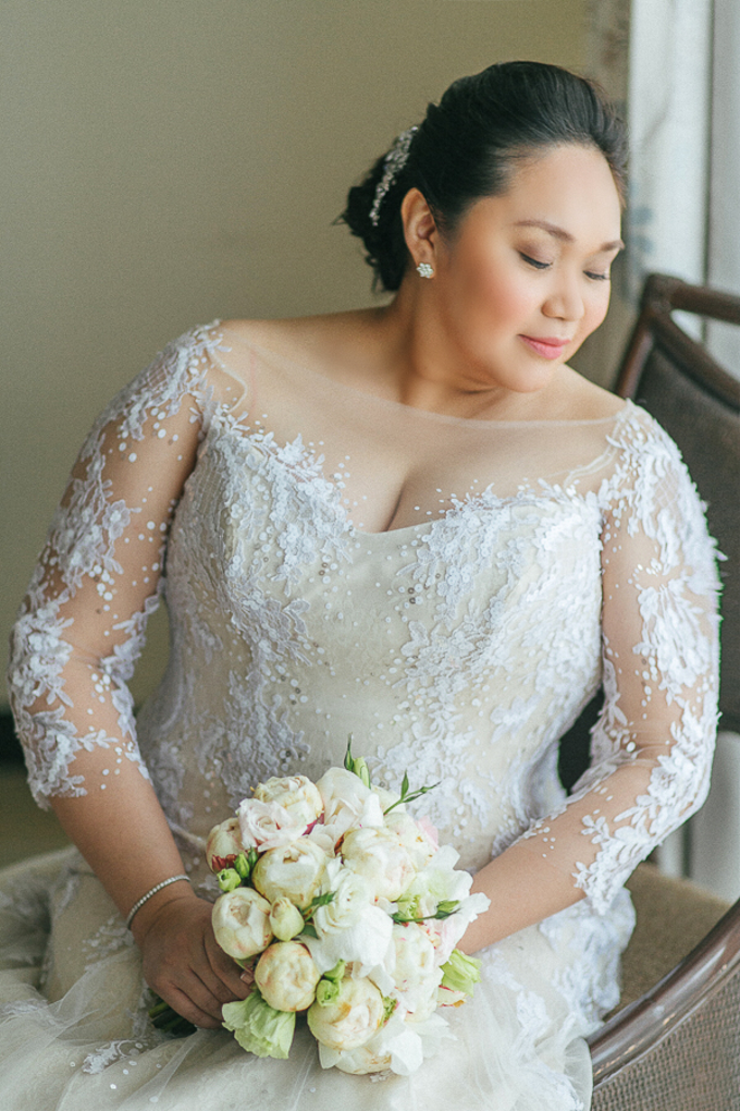 Premium wedding dress (april - mei) by TS BRIDAL BALI - 012