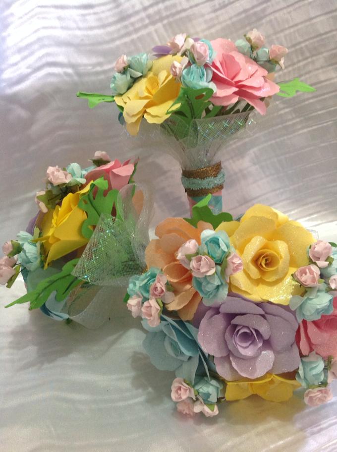Pastel Handcrafted Entourage Bouquets by Duane's Fleur Creatif - 014