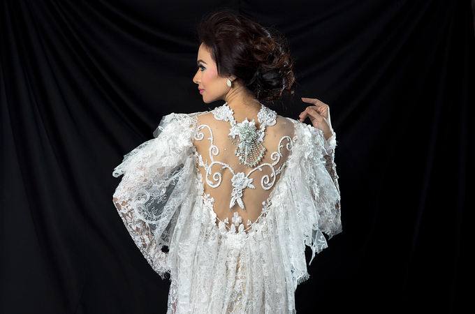 Wedding Gowns by Berkat Kebaya By Devina Shanti - 035
