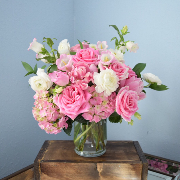 Mothers Day arrangements  by L&A Event Designs - 002