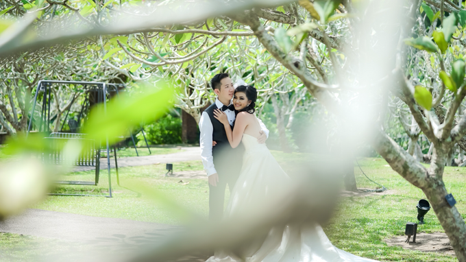 Yuan + Sisca by Blooming Box Photography - 018