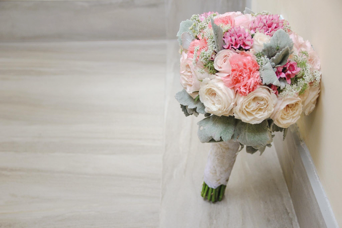 Bouquet of Flowers by Abhie Tan of Natural Art Works by Natural Art Flowers and Decors - 028