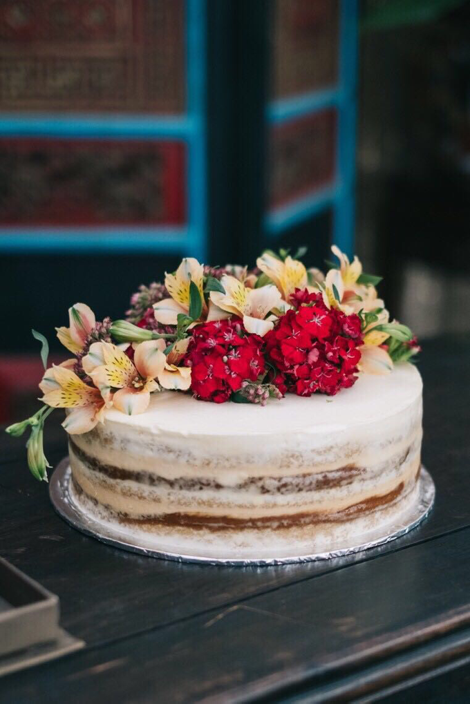 Flowers on Cake by Angie Fior - 006