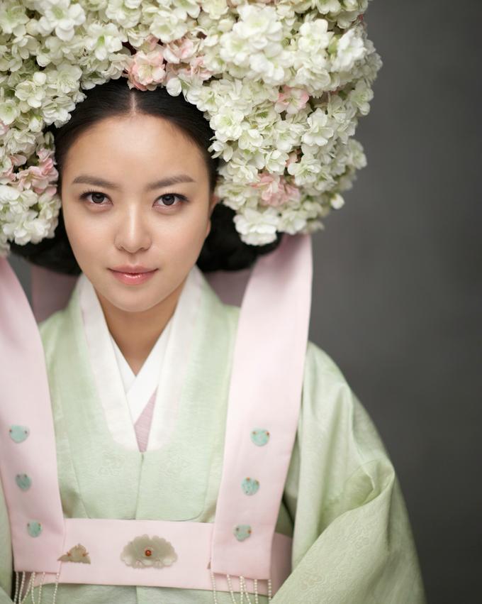 Hanbok (Korean Traditional Clothing) by LesAiles Studio - 009