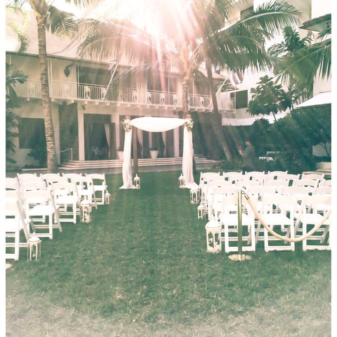 Cream and Gold Halekulani Wedding by Bella Amour Events Hawaii - 003