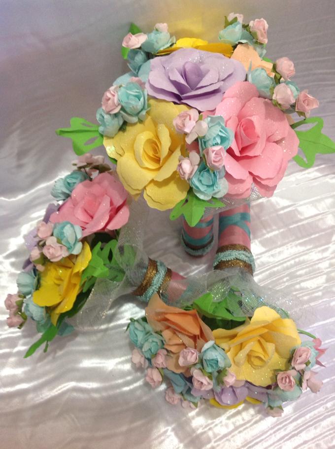 Pastel Handcrafted Entourage Bouquets by Duane's Fleur Creatif - 012