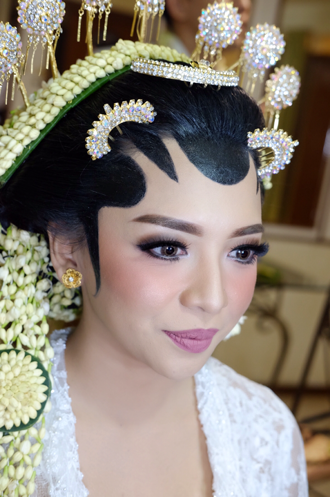 Pascalis Wedding by Nadia Sabrina MUA - 001